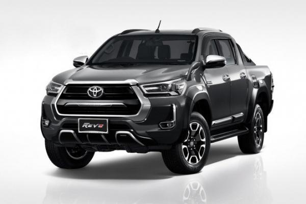 Toyota Fortuner 2021 và Hilux được trang bị gói độ TRD đẳng cấp và hầm hố