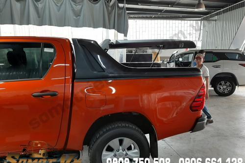 Nắp Thùng Thấp 90 Độ Toyota Hilux
