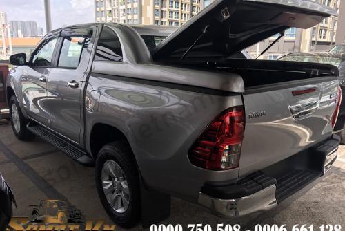 Nắp thùng Thấp Có Kính Toyota Hilux